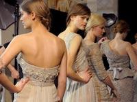 אופנה, תצוגת אופנה, דוגמניות, דוגמנית, מעצב בגדים, שמלה / צילום: רויטרס